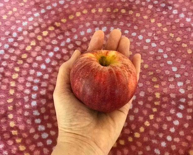 A_apple
